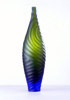 Liking the texture and lines in this vase.Cobalt blue and lime green art glass vase by Edols Elliot. Vases, Pots, Cast Glass, Metal Vase, Reflection Photography, Green Art, Stained Glass Windows, Glass Design, Frosted Glass