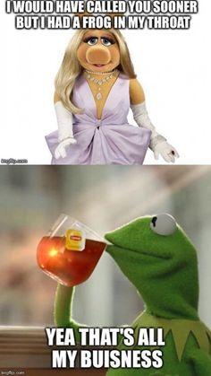 funny kermit memes miss piggy ~ funny kermit memes Miss Piggy Meme, Miss Piggy Quotes, Kermit And Miss Piggy, Kermit The Frog, Funny Kermit Memes, Stupid Funny Memes, Funny Laugh, Funny Cartoons, Hilarious
