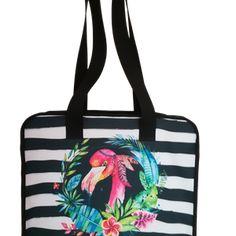 Flamingo - praktikus, cipzáras, vízhatlan, egyedi strandtáska - vízfesték hatású grafikával Gym Bag, Bags, Fashion, Handbags, Moda, Fashion Styles, Fashion Illustrations, Bag, Totes