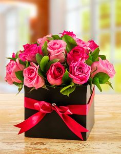 Buy Mixed Pink Roses in a Box Online - NetFlorist