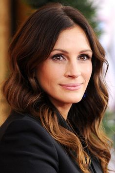 Julia roberts. Pretty Woman. My Best Friend's Wedding. The Pelican Brief. Steel Magnolias. <3