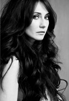 Melisandre, Carice Van Houten, will be drawn by me at some point. Just look at that face! Pretty People, Beautiful People, Divas, Thing 1, Ali Larter, Female Images, Beautiful Actresses, Celebrity Crush, Beauty