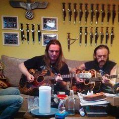 Paul and Lemmy - nice picture! Heavy Trash, Jeff Hanneman, Metal Fan, Metal Tattoo, Heavy Rock, Dark Pictures, Rockn Roll, Heavy Metal Bands, Alternative Music