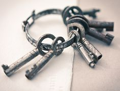 Vintage Skeleton Key French Small Lot of 8 Steampunk Jewelry Altered Art Mixed Media Assemblage