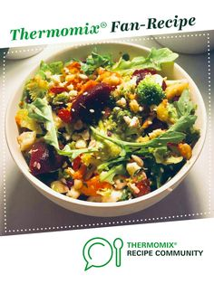 Recipe Ultimate Vegan Cleansing Salad by birteotto, learn to make this recipe easily in your kitchen machine and discover other Thermomix recipes in Main dishes - vegetarian. Large Salad Bowl, Salad Bowls, Vegan Meals, Vegetarian Recipes, Recipe Community, Food N, Doha, Grubs, Beetroot