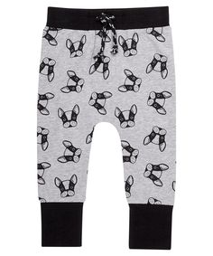 Babies' leggings with contrast cuffs and all over print. Grey Dog, Leggings Fashion, Kids Outfits, Overalls, Gray Color, Contrast, June, Sweatpants, Swimwear