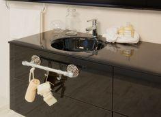 Collezione Secret, porta asciugamano corto con ganci - Secret Collection, short towel bar with hangers