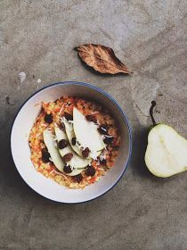 Nourish and evolve: Carrot cake oatmeal