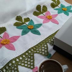 Quilts, Embroidery, Blanket, Crochet Table Runner, Napkin, Frases, Napkins, Manualidades, Blankets