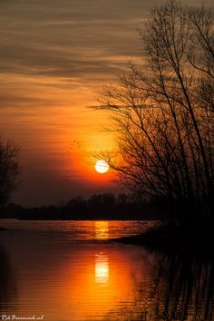 ˚Life is Majestic - Netherlands Aesthetic Photography Nature, Moon Photography, Sunset Pictures, Nature Pictures, Beautiful Pictures, Amazing Sunsets, Amazing Nature, Sunset Wallpaper, Iphone Wallpaper