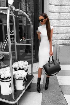 Image about girl in Stylish by TacchiAlti on We Heart It Trend Fashion, Look Fashion, Autumn Fashion, Womens Fashion, Fashion Inspiration, Classy Outfits, Stylish Outfits, Elegantes Outfit Frau, Vetement Fashion