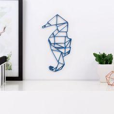 Origami Seepferdchen aus Holz in vielen verschiedenen Farben erhältlich.