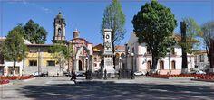 Visita La Plaza de los Mártires, se localiza en #Uruapan frente al templo de San Francisco, toma su nombre el monumento allí erigido en 1893 para honrar la memoria de los mártires de Uruapan. Ven a conocerlo! #elRumboesMichoacán