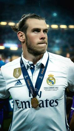 football is my aesthetic Best Football Team, Football Photos, Bale 11, Real Madrid Champions League, Bale Real, Equipe Real Madrid, Real Madrid Wallpapers, Top League, Champions League