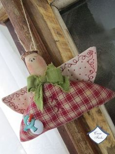 Discover recipes, home ideas, style inspiration and other ideas to try. Christmas Sewing, Primitive Christmas, Handmade Christmas, Christmas Makes, Christmas Angels, Angel Crafts, Holiday Crafts, Natal Country, Christmas Tree Ornaments