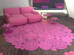 I would LOVE to do this in my house in shades of purples....on my hard wood floor I think would be gorgeous!!