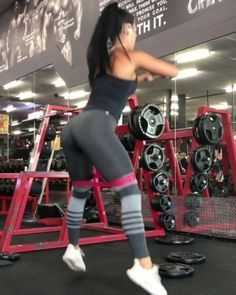 """3,148 Likes, 20 Comments - Workout Videos (@gymgirlvids) on Instagram: """"Vid by: @racheldillonwbffpro Dayuum this is going to burn(sorry)Ladies add this killa drop set to…"""""""