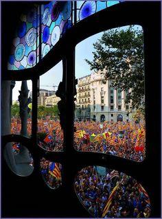 11 de Setembre, Diada Nacional de Catalunya  from Casa Batlló - Barcelona…