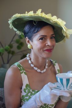 And of course, match your hat and your dress for a timeless tea party vibe Morhers Day, High Noon, Tea Parties, Southern Belle, High Tea, Party Time, Dress Up, Fancy, Photoshoot