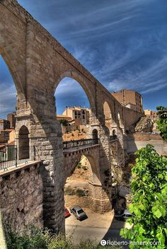 The Roman aqueduct to Teruel, Aragón Medieval Village, Spanish Culture, Photos Voyages, Spain And Portugal, Spain Travel, Heritage Site, Belle Photo, Places To See, Beautiful Places