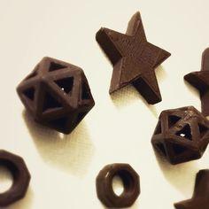 3D printed chocolates ! Yummy yummy !! #3dprinting #chocolates #foodie #darkchocolate by manojkumarmuralidharan
