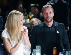 Chris Martin brings son, Moses, on stage at Coldplay concert for an early 10th birthday celebration! Celebrity Couples, Celebrity Gossip, Celebrity Weddings, Celebrity News, Celebrity Style, Celebrity Quotes, Gwyneth Paltrow, Sean Penn, Charlize Theron