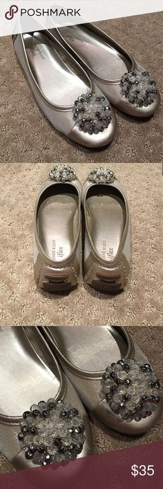 Gold Anne Klein iflex flats For sale worn once Anne Klein gold iflex flats Anne Klein Shoes Flats & Loafers