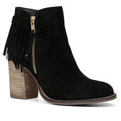 Fringe Booties from Whimsy Soul's Wishlist. www.whimsysoul.com