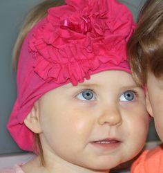Kauniit lasten ja aikuisten ruusukepannat  www.lumilapset.fi Beanie, Hats, Fashion, Moda, Hat, Fashion Styles, Beanies, Fashion Illustrations, Hipster Hat