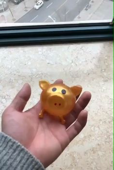 Jello Pig Looking for some stress relief toys? We might have the exact toy for you! This cute Jello Pig is a silicone toy that we . Things That Bounce, Cool Things To Buy, Balle Anti Stress, Oddly Satisfying Videos, Stress Relief Toys, Cool Inventions, Jello, Cool Gadgets, How To Relieve Stress