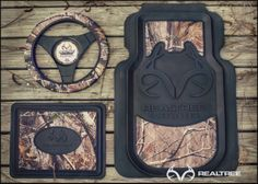 This is what I would have plus some seat covers and cup holders. Country Life, Country Girls, Camo Seat Covers, Realtree Camo, Window Films, Hot Rides, Jeep Truck, Christmas Villages, Diy Car