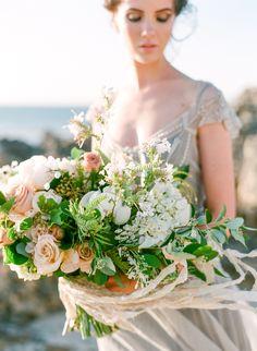 Organic + beachy wedding bouquet: Photography : Connie Whitlock Photography Read More on SMP: http://www.stylemepretty.com/australia-weddings/2016/02/23/organic-seaside-australian-inspiration-shoot/