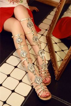 Low Heel fashion knee high Gladiator sandals Retro Buckle Strap Leather Sandals Shoes