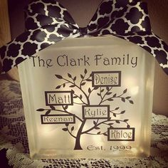 Family tree glass block light accent lamp by LightedTreasuresCt Tile Crafts, Vinyl Crafts, Vinyl Projects, Diy And Crafts, Glass Boxes, Glass Containers, Glass Jars, Craft Gifts, Diy Gifts
