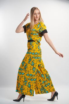 Vellamo Trousers - Yellow :: Vuurran.fi Seventh Wave, Wide Leg Trousers, Black Fabric, Fabric Patterns, Woven Fabric, Short Sleeve Dresses, Elegant, Yellow, Collection