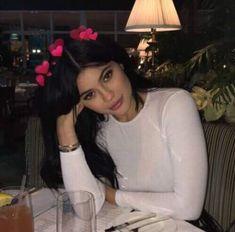 Image about girl in Kardashian-Jenner-Hadid by BlackHairReginaGeorge Kylie Jenner Snapchat, Instagram Kylie Jenner, Kylie Jenner Icons, Trajes Kylie Jenner, Kendall Y Kylie Jenner, Looks Kylie Jenner, Kylie Jenner Style, Estilo Kylie Jenner, Kardashian Jenner