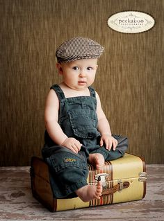What an awesomely adorable little round-cheeked cutie pie! #vintage #hat #babies #kids #photography #lifestyle #cute #boy