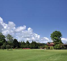 """Retrouvez les plus beaux terrains de golf du pays basque (comme celui de Chantaco ci-dessus) dans """"Pays Basque terre de Golf"""" de Roland Machenaud   , sortie 28 Juin"""