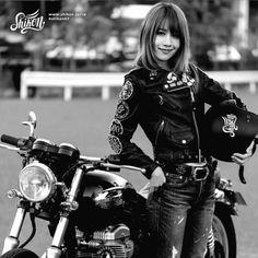Shikon® Live My Life Cafe Racer Bikes, Cafe Racers, Lady Biker, Biker Girl, Biker Fashion, Girl Fashion, Harajuku Japan, Line Shopping, Biker Style