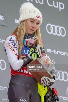 I'm not crying 😭 Mikaela Shiffrin, Lindsey Vonn, Ski Racing, Different Sports, Woman Crush, Kayaking, Skiing, Racing Quotes, Winter Hats