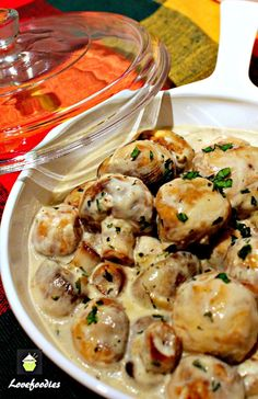 Creamy Garlic Mushrooms! This is an incredibly quick, easy and flexible recipe which allows you to make ahead, or serve right away. I often serve this with a nice piece of steak, and pour the sauce over it. I've added some suggestions at the end of the recipe to hopefully inspire you to change it around (if you want to) and create a wonderful dish your family will enjoy. This can be served as a starter, with some nice warm crusty bread to mop up the lovely sauce, or as a side dish, or a...