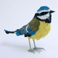 http://www.rogerallen.net/blog/wp-content/uploads/2010/11/Abigail-Brown_Birds_bluetit_web.jpg