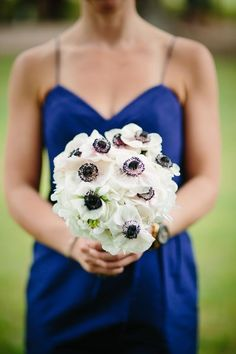 another blue Bridesmaid and her pretty anemone bouquet  Photography by carolineplusben.com, Floral Design by bellafloraofdallas.com
