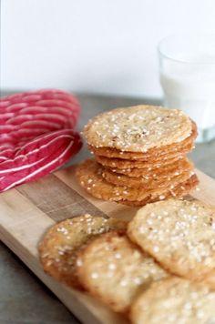 Serinakaker - Traditional Norwegian Christmas cookies with pearl sugar and almonds