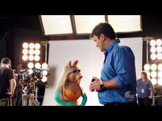 Miss Piggy flirta con Nathan Fillion, Kermit si fa i selfie con Kerry Washington - Sw Tweens Nathan Fillion Firefly, Misunderstood Shark, Castle Season 8, The Mighty Boosh, Richard Castle, Miss Piggy, Castle Tv, Precious Children, Stuff And Thangs