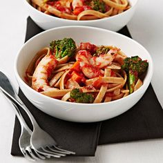 Shrimp, garlic, and broccoli add rich flavors to this classic fettuccine dish. You'll love how easy (and healthy) it is at just calories. Quick Recipes, Fish Recipes, Seafood Recipes, Pasta Recipes, Cooking Recipes, Healthy Recipes, Healthy Meals, Yummy Recipes, Shrimp Dishes