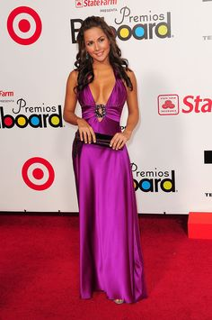 Carmen Villalobos Photos - Carmen Villalobos attends the 2009 Billboard Latin Music Awards at Bank United Center on April 23, 2009 in Miami Beach, Florida.  (Photo by Gustavo Caballero/Getty Images) <i></i>* Local Caption <i></i>* Carmen Villalobos - 2009 Billboard Latin Music Awards - Arrivals