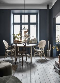 A very stylish 34m2 - via Coco Lapine Design