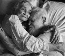 romance isn't for the young.romance is for the lovers of all ages Old Couple In Love, Old Love, This Is Love, Real Love, Couples In Love, Old People Love, Mature Couples, Cute Old Couples, Vieux Couples