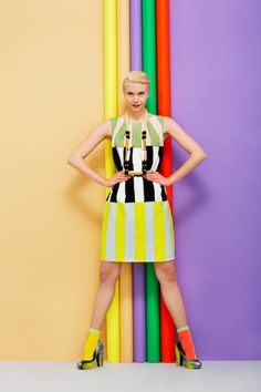 The next dress I want from Marimekko Pop Art Fashion, High Fashion, Vintage Fashion, Ladies Fashion, Studio 21, Creative Studio, Marimekko, Fashion Colours, Colorful Fashion